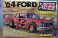 AMT_21858p '64 Ford Modified Stocker (1:25)