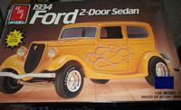 AMT_6510 1934 Ford 2-Door Sedan