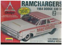 LIN_72161 Ramchargers 1964 Dodge 330 SS Model Kit (1:25)