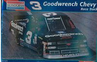 MON_2458 #3 Mike Skinner Goodwrench Chevy Race Truck (1:24)