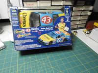 REV_85-1661 #43 John Andretti Dodge Intrepid R/T ProFinish (1:24)