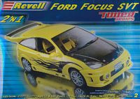 "REV_85-2187 2004 Ford Focus SVT 2 'n 1 ""Tuner series"" model kit (1:25)"