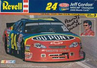 REV_85-2568 #24 Jeff Gordon 2000 Monte Carlo with Peanuts Decals