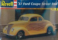 REV_85-2598 '37 Ford Coupe Street Rod (1:24)